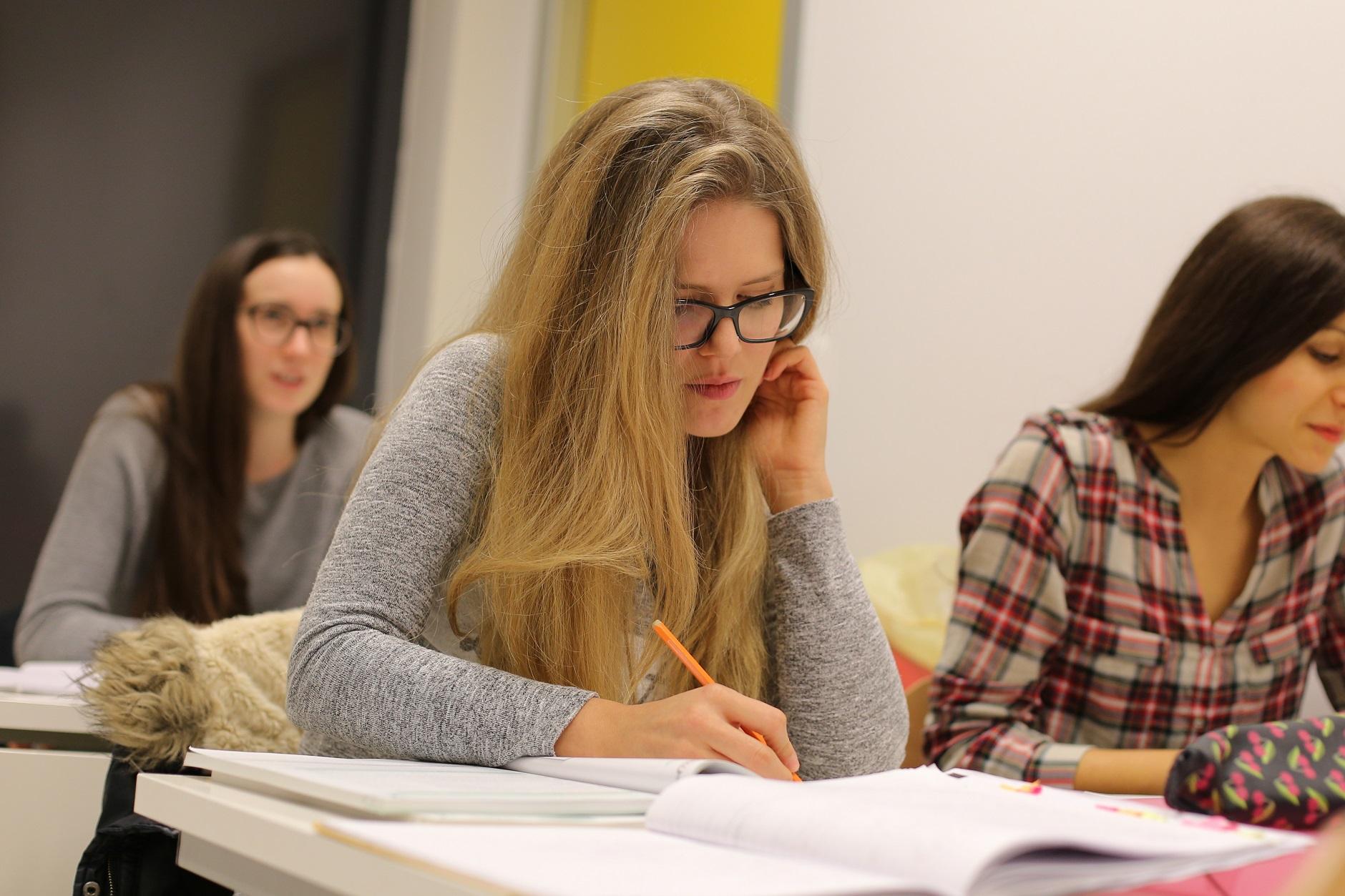 Škola Jantar vas uvodi u novu eru testiranja znanja jezika